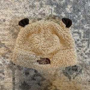 North face bear hat 0-6 month